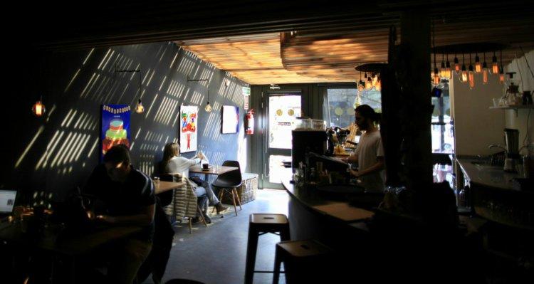 Caféambiente_mobile.jpg